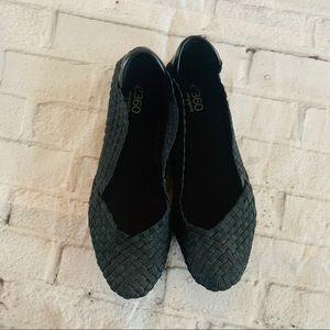 E360 ESGibby Black Slip on Flats Women's Size 6.5W